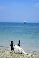 Enfants vezo sur la plage de Mangily - 30/11/19